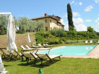 8 bedroom Apartment in Stibbio, Tuscany, Italy : ref 2265930 - Ponte A Egola vacation rentals