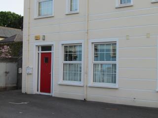 Carlingford - Central, Modern, Spacious 2 Bed Apt - Carlingford vacation rentals