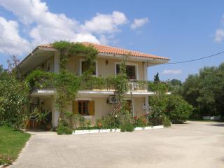 Comfortable 2 bedroom Apartment in Spartia with Internet Access - Spartia vacation rentals
