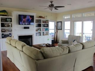 Sound Front Water Lovers Paradise - Salvo vacation rentals