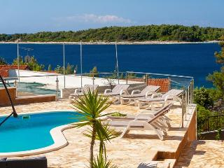 Pool apartment for rent in Vela Luka - Vela Luka vacation rentals
