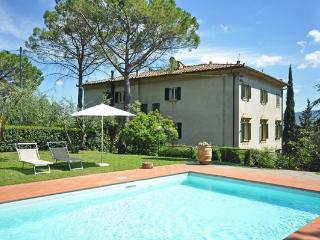 6 bedroom Apartment in Staggia, Tuscany, Italy : ref 2266255 - Staggia vacation rentals