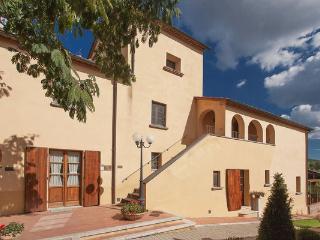9 bedroom Villa in Pietraviva, Tuscany, Italy : ref 2268205 - Pietraviva vacation rentals