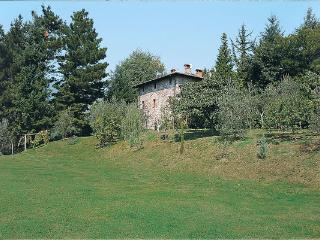 5 bedroom Villa in Loppeglia, Tuscany, Italy : ref 2268295 - Monsagrati vacation rentals