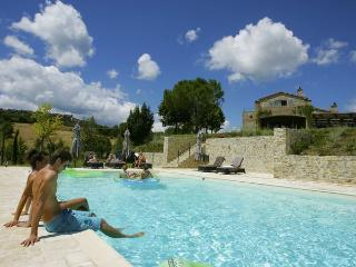 4 bedroom Villa in Pratale, Umbria, Italy : ref 2269057 - Allerona vacation rentals