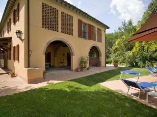 4 bedroom Villa in Colleoli, Tuscany, Italy : ref 2269530 - Marti vacation rentals