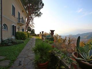 Villa in Massa, Tuscany, Italy - Massa vacation rentals