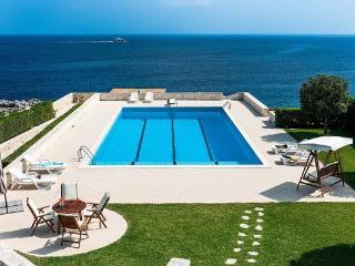6 bedroom Villa in Plemmirio, Sicily, Italy : ref 2269808 - Fanusa vacation rentals