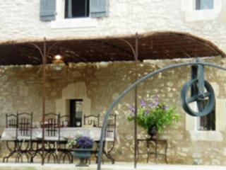 Villa in Cereste, Provence-Cote d'Azur, France - Cereste vacation rentals