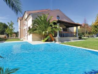 8 bedroom Villa in Banjole-Volme, Banjole, Croatia : ref 2277294 - Banjole vacation rentals