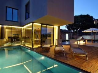 4 bedroom Villa in Porec-Mugeba, Porec, Croatia : ref 2277530 - Mugeba vacation rentals