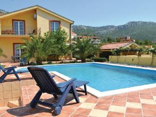 4 bedroom Villa in Peljesac-Orebic, Peljesac Peninsula, Croatia : ref 2278149 - Orebic vacation rentals