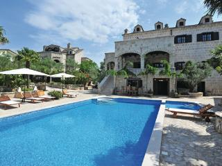 8 bedroom Villa in Makarska-Zmijavci, Makarska, Croatia : ref 2278441 - Imotski vacation rentals