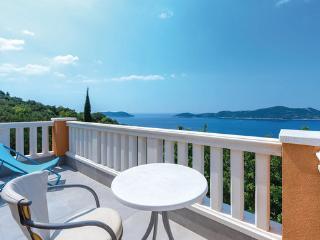 4 bedroom Villa in Dubrovnik-Trsteno, Dubrovnik Riviera, Croatia : ref 2278645 - Trsteno vacation rentals