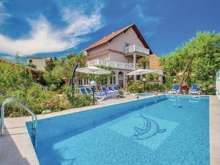 6 bedroom Villa in Crikvenica, Crikvenica, Croatia : ref 2278946 - Crikvenica vacation rentals