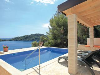 6 bedroom Villa in Korcula-Karbuni, Island Of Korcula, Croatia : ref 2279022 - Prizba vacation rentals