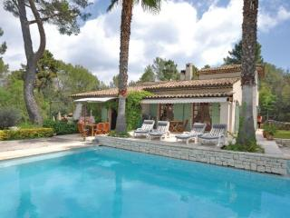 4 bedroom Villa in Roquefort les Pins, Alpes Maritimes, France : ref 2279251 - Roquefort les Pins vacation rentals
