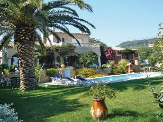 5 bedroom Villa in Ollioules, Var, France : ref 2279726 - Ollioules vacation rentals
