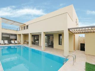 4 bedroom Villa in Rethymno Crete, Crete, Greece : ref 2279798 - Skaleta vacation rentals