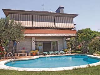 Villa in Pineda de Mar, Costa De Barcelona, Spain - Pineda de Mar vacation rentals