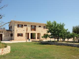 9 bedroom Villa in Montuiri, Majorca, Mallorca : ref 2280874 - Montuiri vacation rentals