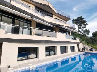 6 bedroom Villa in Santa Susanna, Costa De Barcelona, Spain : ref 2280979 - Santa Susana vacation rentals