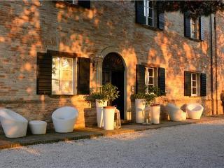 Villa in Montemaggiore al Metauro, Marche, Montemaggiore al Metauro, Italy - Rupoli vacation rentals