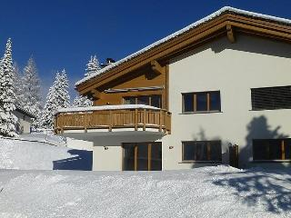 4 bedroom Apartment in Lenzerheide, Mittelbunden, Switzerland : ref 2285467 - Lenzerheide vacation rentals