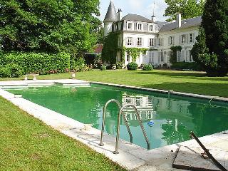 10 bedroom Villa in Bury, Picardie, France : ref 2285968 - Balagny-sur-Therain vacation rentals