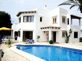 5 bedroom Villa in Cala D Or Centre, Cala D Or, Spain : ref 2290407 - Cala Serena vacation rentals