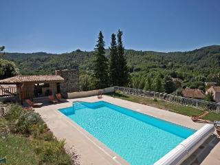 8 bedroom Villa in Lalevade, Provence, France : ref 2291535 - Jaujac vacation rentals