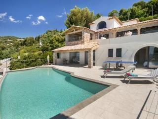 4 bedroom Villa in Aiguebelle nr Le Lavandou, St Tropez Var, France : ref 2291542 - Cavaliere vacation rentals