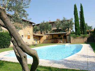5 bedroom Villa in Florence, Near San Gimignano, Tuscany, Italy : ref 2292372 - Ulignano vacation rentals