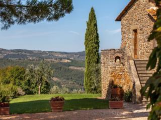 7 bedroom Villa in Greve in Chianti, Chianti, Tuscany, Italy : ref 2293887 - Casole vacation rentals