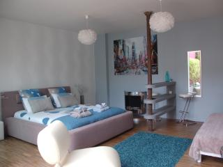 Cozy 2 bedroom Mouvaux House with Television - Mouvaux vacation rentals