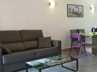 Nice 2 bedroom Townhouse in Ciudadela - Ciudadela vacation rentals