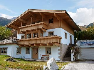 4 bedroom Villa in Krimml, Zillertal, Austria : ref 2295225 - Krimml vacation rentals