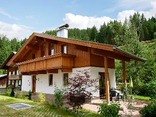 5 bedroom Villa in Gerlos, Zillertal, Austria : ref 2295452 - Gerlos vacation rentals