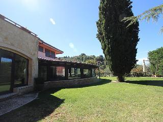 7 bedroom Villa in Frascati, Lazio, Italy : ref 2299150 - Frascati vacation rentals