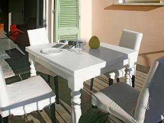3 bedroom Apartment in Forte dei Marmi, Versilia, Lunigiana and sourroundings, Italy : ref 2299705 - Forte Dei Marmi vacation rentals