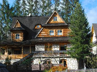 5 bedroom Villa in Zakopane, Tatras, Poland : ref 2300212 - Zakopane vacation rentals