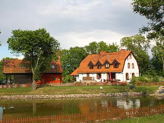 6 bedroom Villa in Grunwald, Mazury, Poland : ref 2300111 - Grunwald vacation rentals