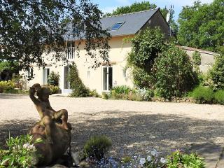 Near Zoo La Fléche , Le Mans, Tours, Angers - La Flèche vacation rentals