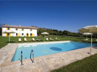6 bedroom Villa in Brisighella, Emilia Romagna, Italy : ref 2301307 - Brisighella vacation rentals
