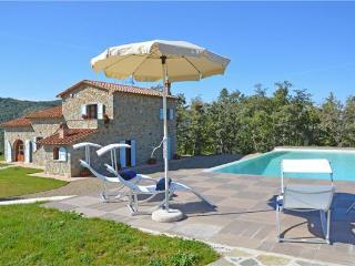 3 bedroom Villa in Castiglion Fiorentino, Tuscany, Arezzo, Italy : ref 2374044 - Castiglion Fiorentino vacation rentals