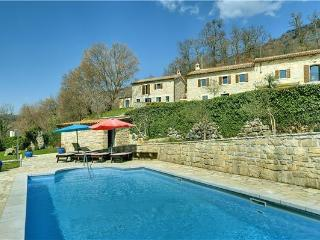 6 bedroom Villa in Dolenja Vas, Istria, Croatia : ref 2301652 - Cabar vacation rentals