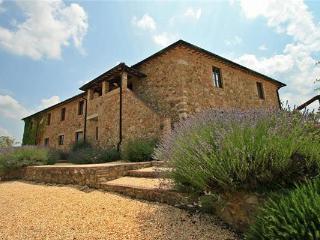 8 bedroom Villa in Chiusdino, Tuscany, San Galgano, Italy : ref 2302063 - Chiusdino vacation rentals
