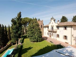 6 bedroom Villa in Castelfiorentino, Tuscany, Italy : ref 2372875 - Castelfiorentino vacation rentals