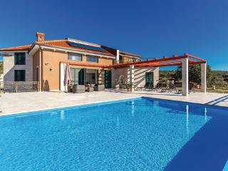 5 bedroom Villa in Pag-Novalja, Island Of Pag, Croatia : ref 2302458 - Stara Novalja vacation rentals