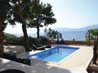 5 bedroom Villa in Hvar-Sucuraj, Island Of Hvar, Croatia : ref 2302661 - Sucuraj vacation rentals